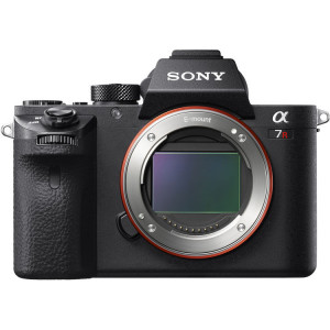 Sony Alpha a7R II  (Body Only)