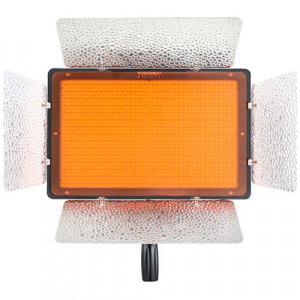 LED осветитель Yongnuo YN1200 (3200-5500k)