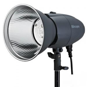 Студийный свет Mircopro MQ-300S с рефлектором